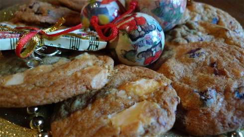 White chocolate and cranberry Christmas cookies from Chez Foti
