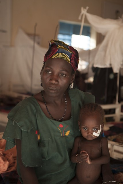 One year old Shamsia is being treated for severe acute malnutrition at Save the Children funded, inpatient stabilisation centre at Aguie hospital in Niger. Photo: Jonathan Hyams/Save the Children