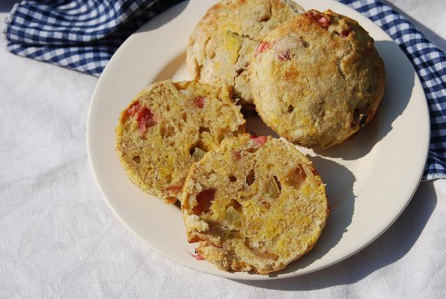 rhubarb-lemon-scones