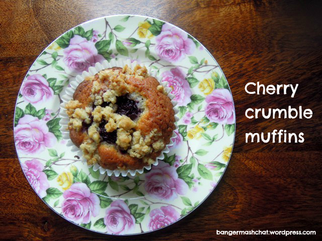 cherry crumble muffins