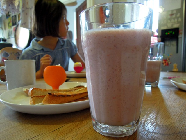 Strawberry super smoothie