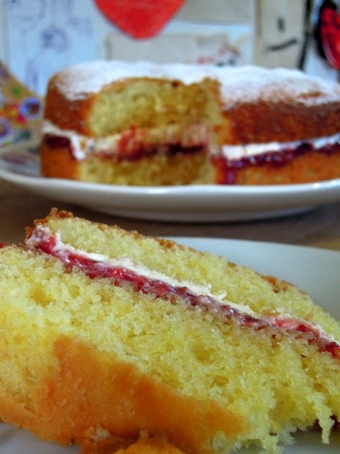 Wells Food Festival And How To Bake The Perfect Victoria