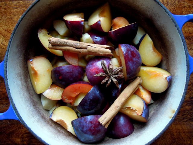 spiced plums and apples