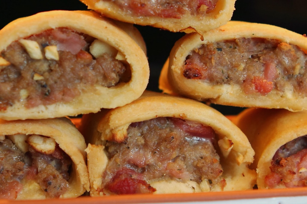 sausage bacon apple rolls