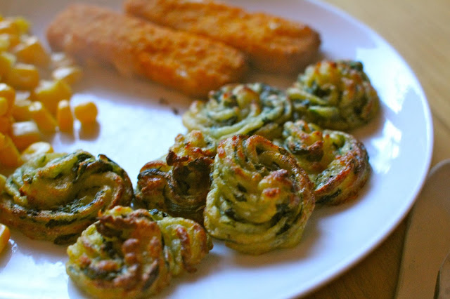 Baked spinach and potato bites