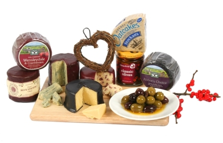 cheese & olives hamper