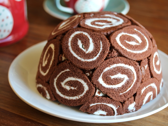 swiss roll ice cream cake2 web