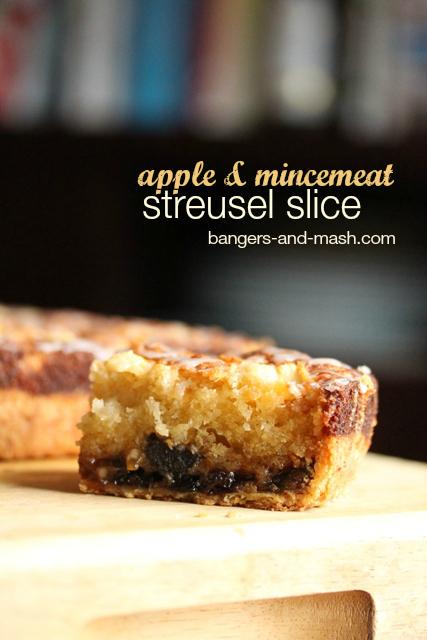 Mincemeat streusel slice 2 text
