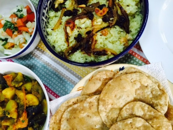 17. Kachodi with Brinjal Curry Salad & Rice