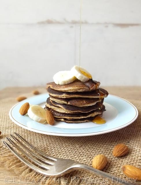 grain free almond pancakes