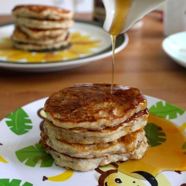 vegan banana oat pancakes-8
