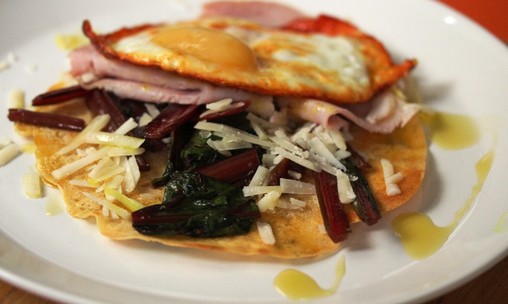 chickpea-pancake-with-chard-egg-and-ham-3
