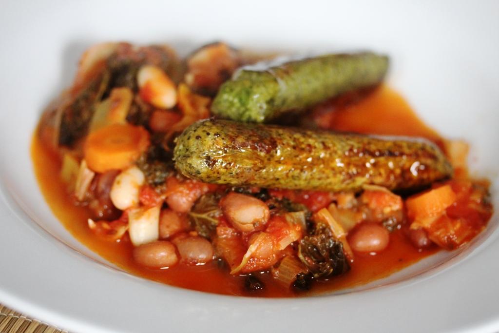 bean casserole and vegan HECK sausages 4